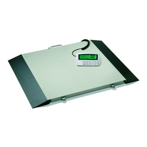 electronic platform scale / for wheelchairs / with digital display / with BMI calculation