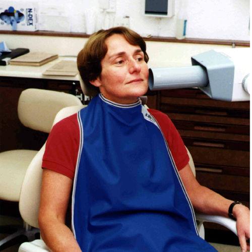 X-ray protective dental apron