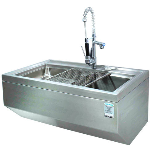 cleaning station for the medical sector / with sink / stainless steel