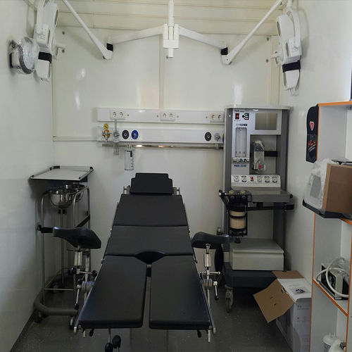 trailer mobile clinic / box / veterinary