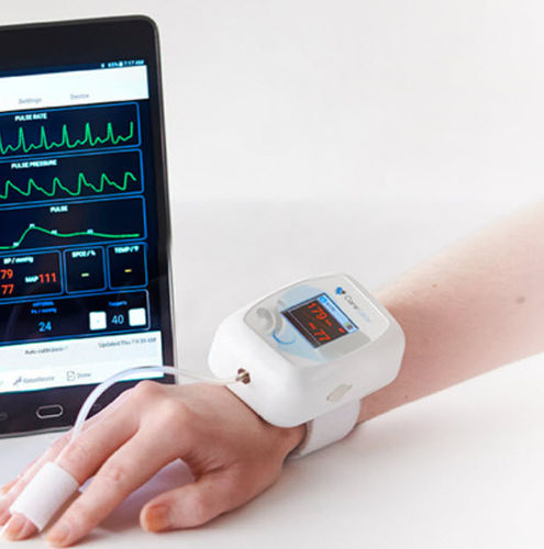 wireless patient monitor / heart rate / NIBP / clinical
