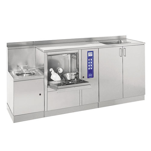 bedpan washer-disinfector / floor-standing / with water softening dosing pump / with steam generator