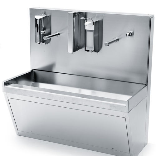 3-station surgical sink / stainless steel