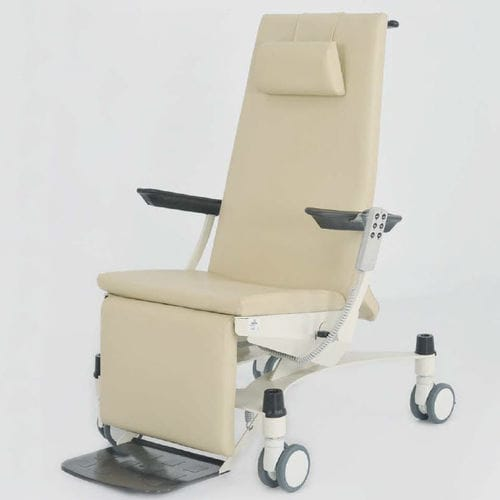 indoor patient transfer chair / on casters / with adjustable backrest / ergonomic