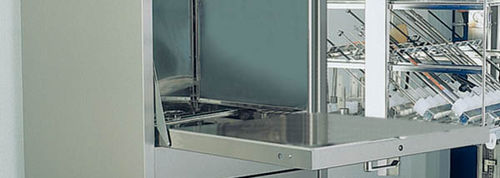 laboratory washer-disinfector / front-loading / automatic