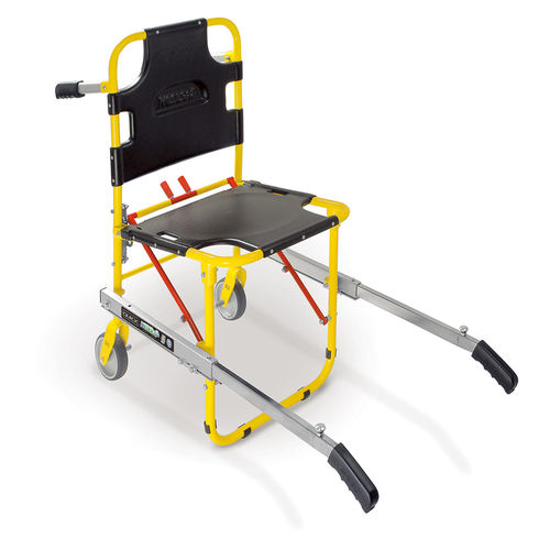 folding patient transfer chair / on casters