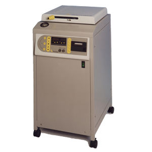 laboratory autoclave / top-loading / compact / automatic