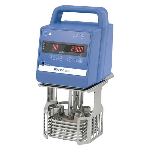 laboratory thermostat