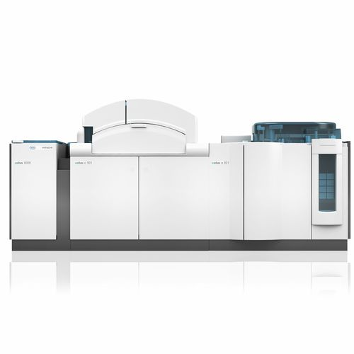 automatic biochemistry analyzer / human / integrated system / with immunoanalysis