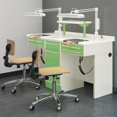 dental laboratory workstation with light