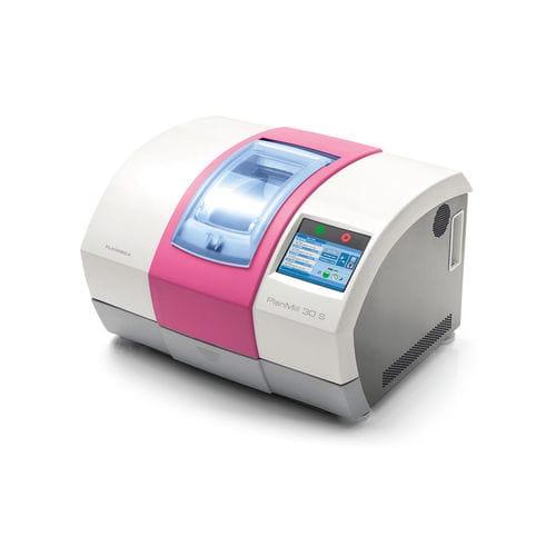 CAD/CAM milling machine