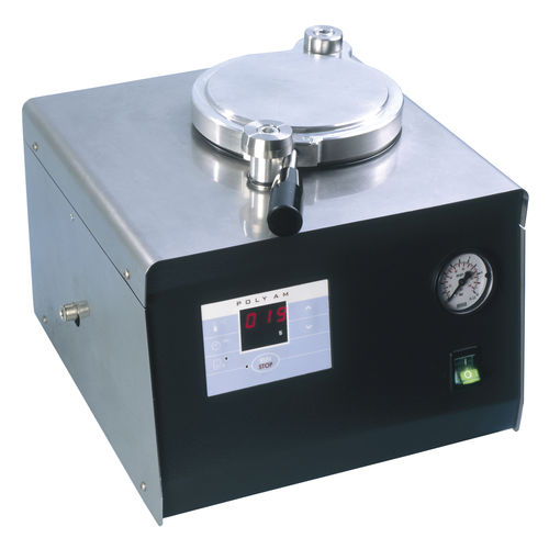 dental laboratory polymerizer