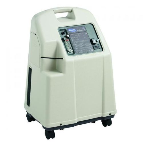 oxygen concentrator on casters / homecare