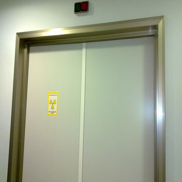 swing door / hospital / laboratory / for healthcare facilities