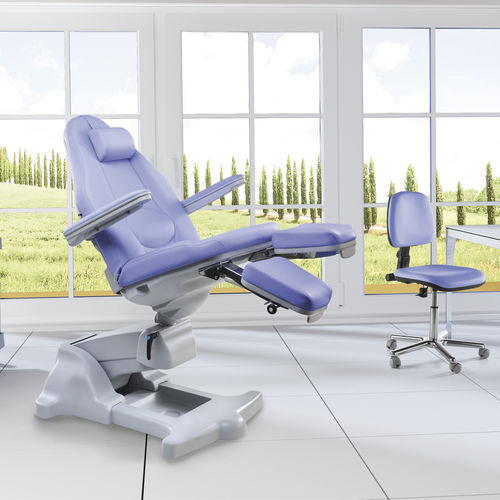 height-adjustable pedicure chair
