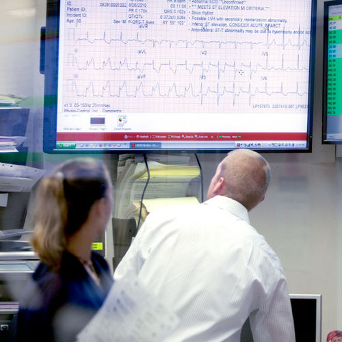 emergency department management system - Stryker Emergency Care