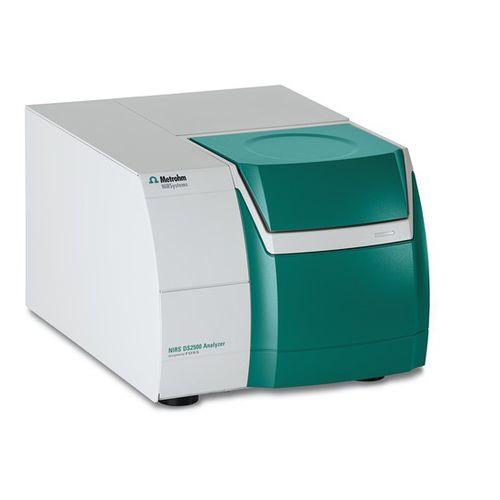 NIR spectrometer / for the pharmaceutical industry