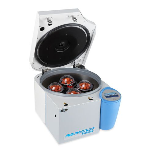laboratory centrifuge / medical / for biology / for the pharmaceutical industry