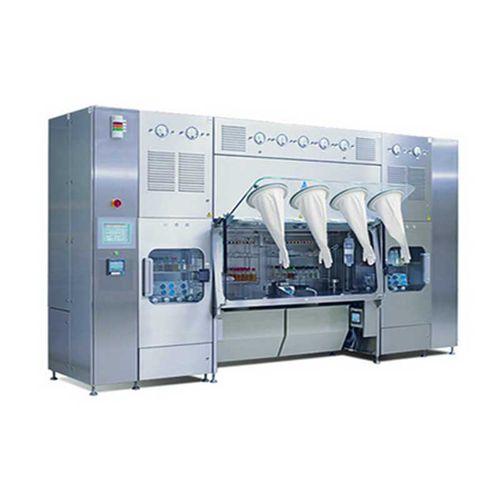 ISO class 5 isolator / aseptic / floor-standing / negative pressure