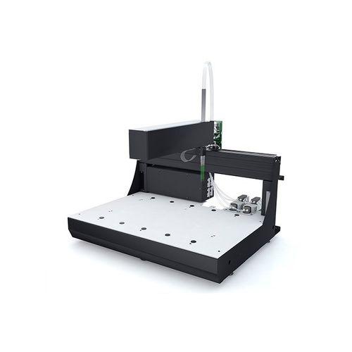 automated laboratory workstation