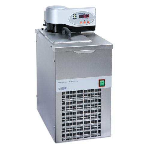circulating water bath / refrigerated / floor-standing