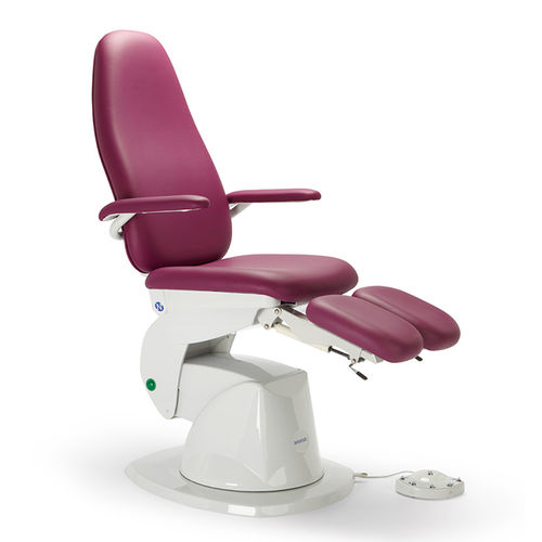 podiatry examination chair / electromechanical / height-adjustable / 3 sections
