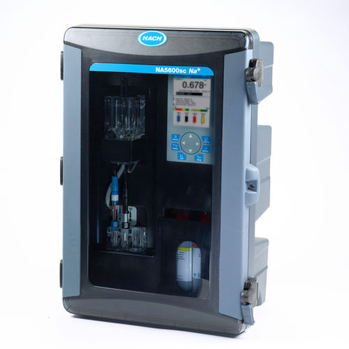 sodium analyzer / for water analysis / wall-mounted / digital