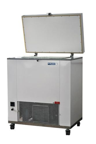 laboratory freezer / chest / ultra low-temperature / on casters