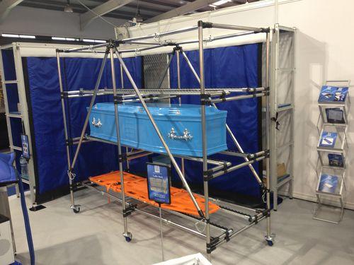 3-shelf shelving unit / mortuary / mobile