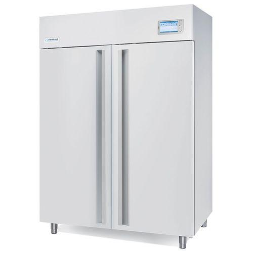 laboratory freezer / vertical / 2-door