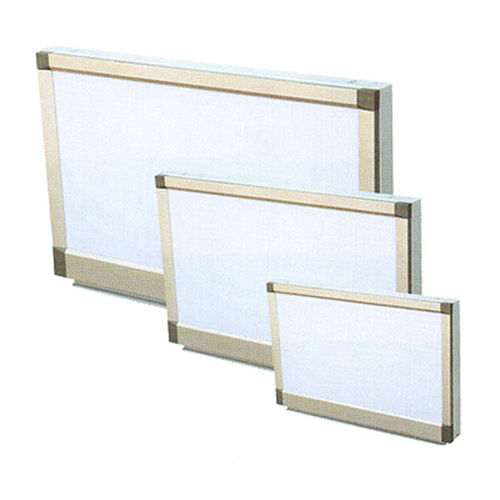 multi-screen X-ray film viewer / white light
