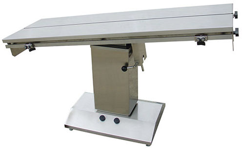 veterinary surgical table / electric / height-adjustable / V-top