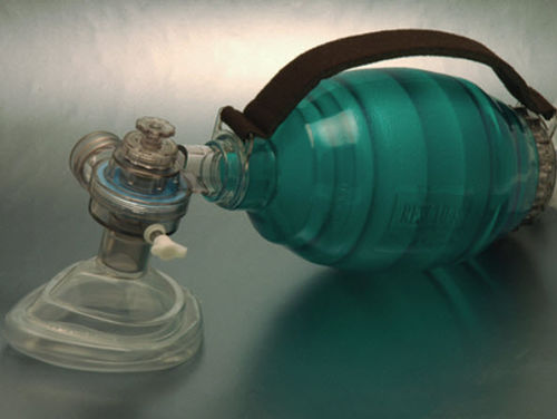 adult manual resuscitator / with pop-off and PEEP valves