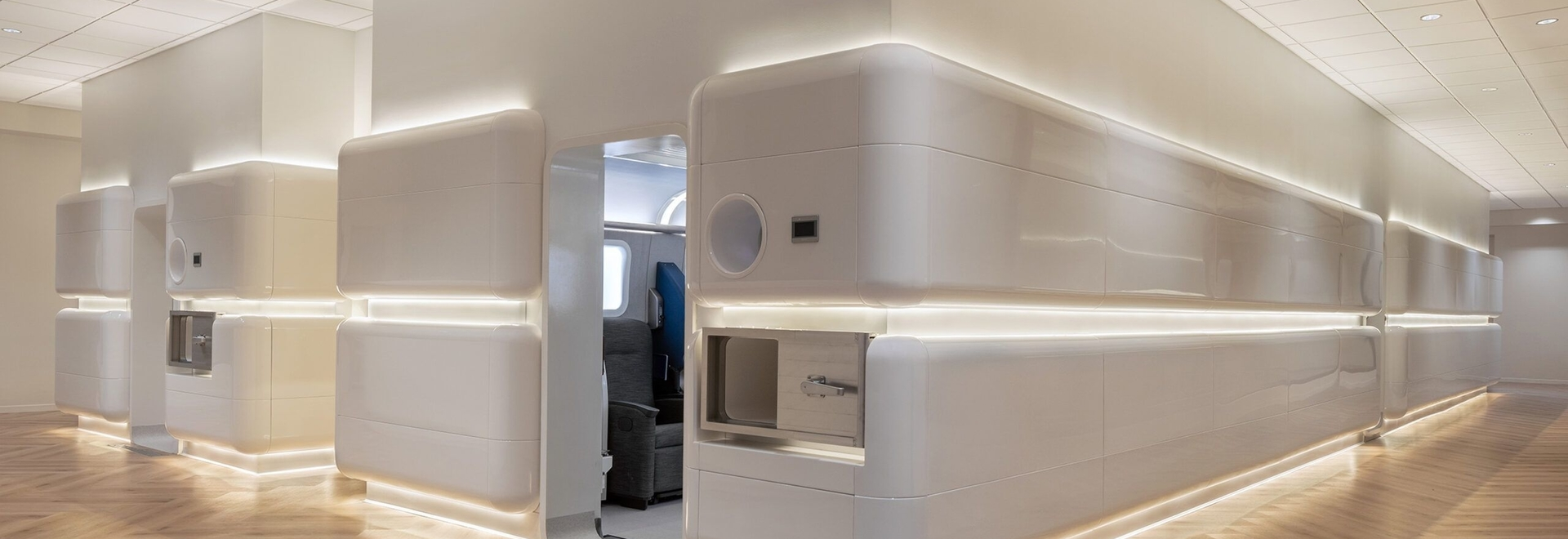 The Aviv Clinic features an aesthetic inpired by first-class airline service, with surfaces chosen for a stramlined, modern look. Here, the oxygen therapy chambers communicate a journey to better h...