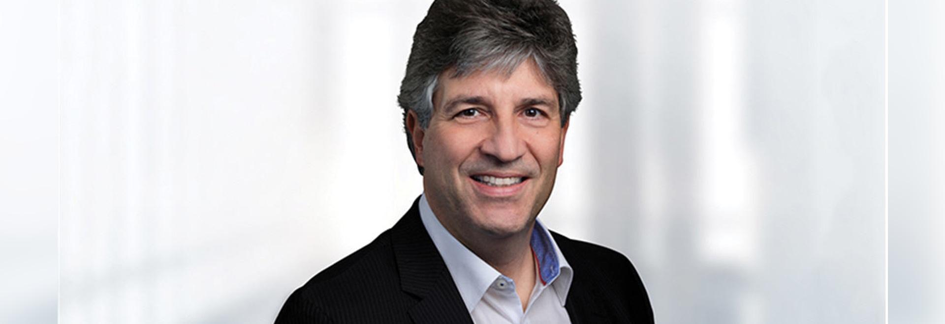 Dr Alexander Völcker