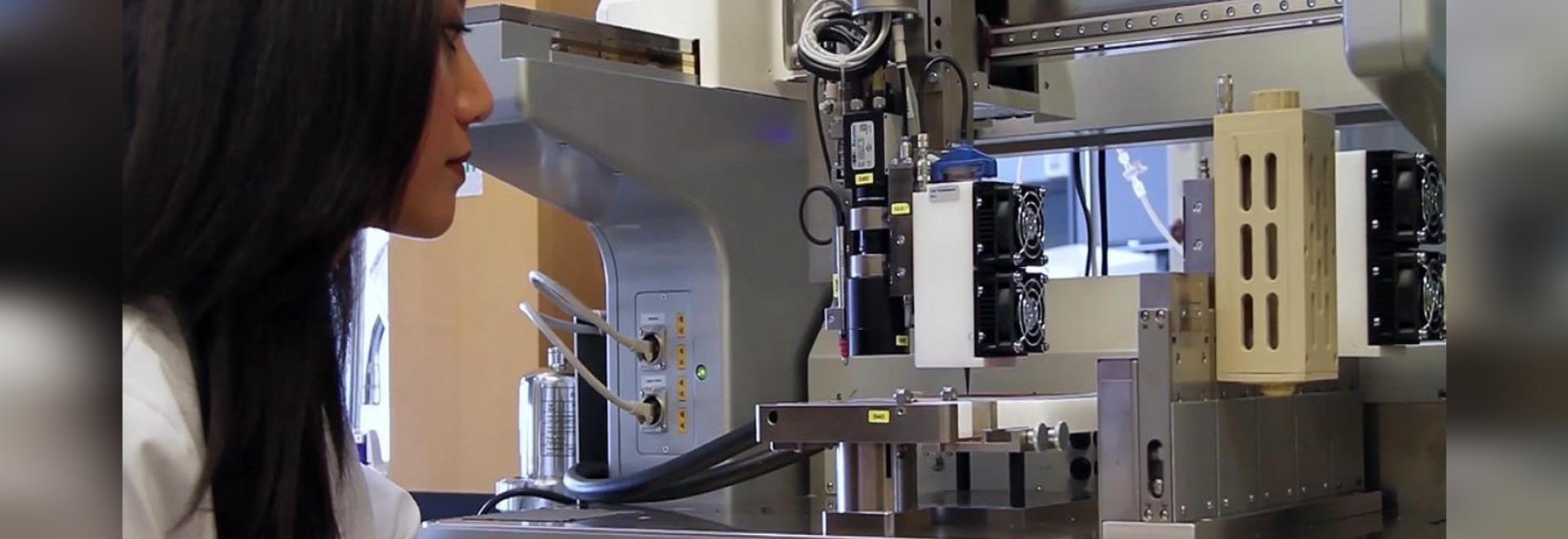 EnvisionTEC's 3D-Bioplotter