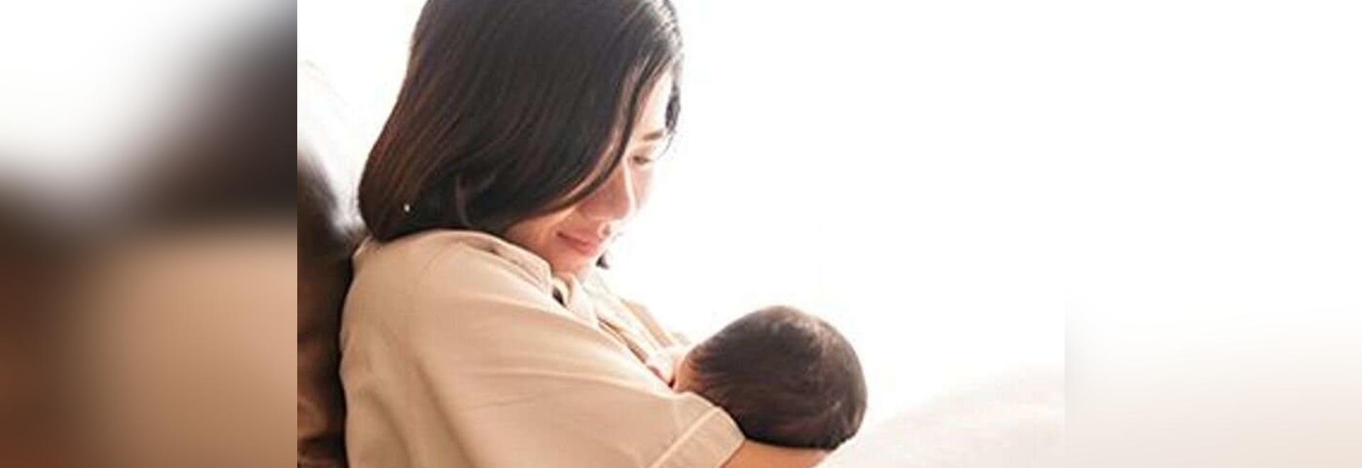Newborns won't get COVID through infected mom's breast milk: study