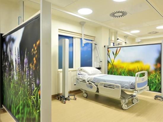 KwickScreen Hospital privacy Screen