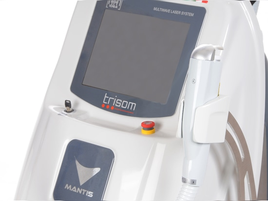 Trisom touchscreen and handpiece