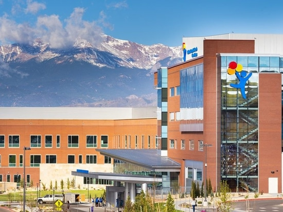 Children's Hospital Colorado's Ribbon Cutting Celebrates Region's 1st Pediatric Hospital