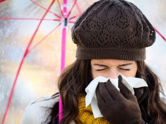 Symptoms of the novel coronavirus can mimic the flu or even a common cold.