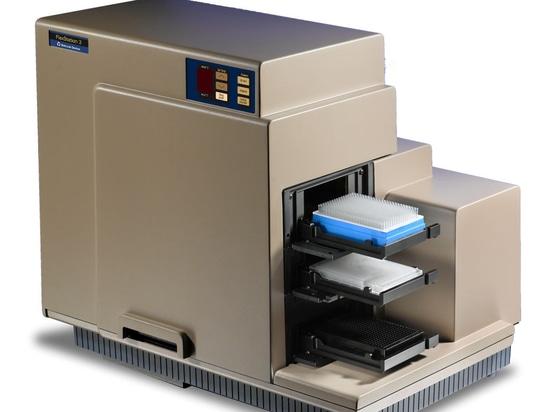 FlexStation 3 Microplate Reader measures absorbance, fluorescence intensity, fluorescence polarization, luminescence, and time-resolved fluorescence