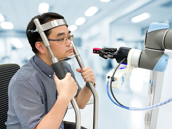 Brain Navi develops new robot that performs nasal swab tests autonomously