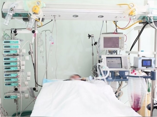 Balancing high-tech with humanity – digitization in the Intensive Care Unit