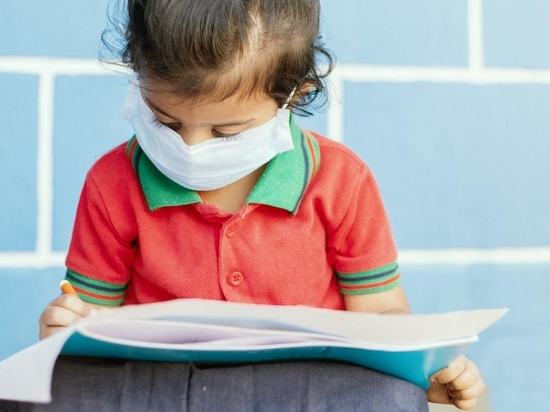 Children With No COVID-19 Symptoms May Shed Virus for Weeks