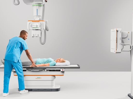 Siemens Healthineers completes its Multix Impact platform with the new ceiling-mounted Multix Impact C.