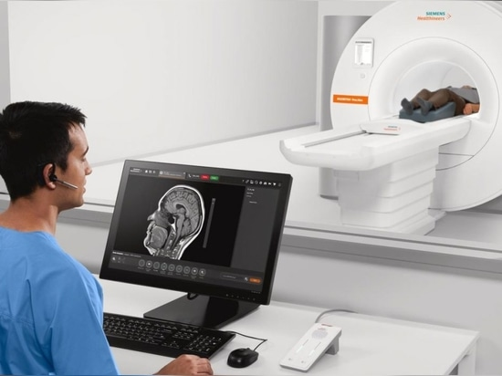 Siemens Healthineers moves into new clinical fields with its smallest and most lightweight whole-body MRI.
