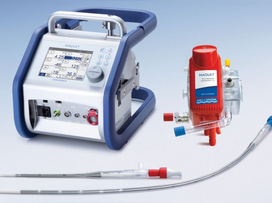 THE CARDIOHELP : THE WORLD'S SMALLEST HEART-LUNG MACHINE