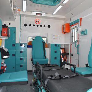 集中治療用救急車