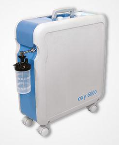 キャスター付き酸素濃縮器